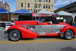 Elegant Two-toned 1936 Auburn Boattail Speedster Replicar