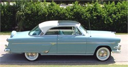 The 1954 Ford Skyliner - The Grandfather of Moonroofs