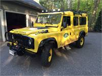 Land Rover Defender 110 Camel Edition