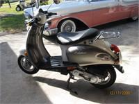 2006 Schwinn Moped A new 2006 49cc