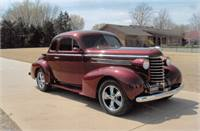 1937 Oldsmobile Coupe